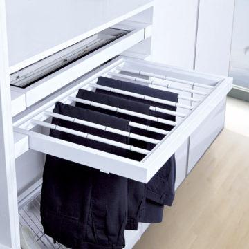 pants-rack