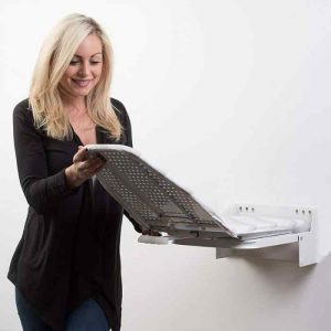 how-to-use-an-ironing-board-4