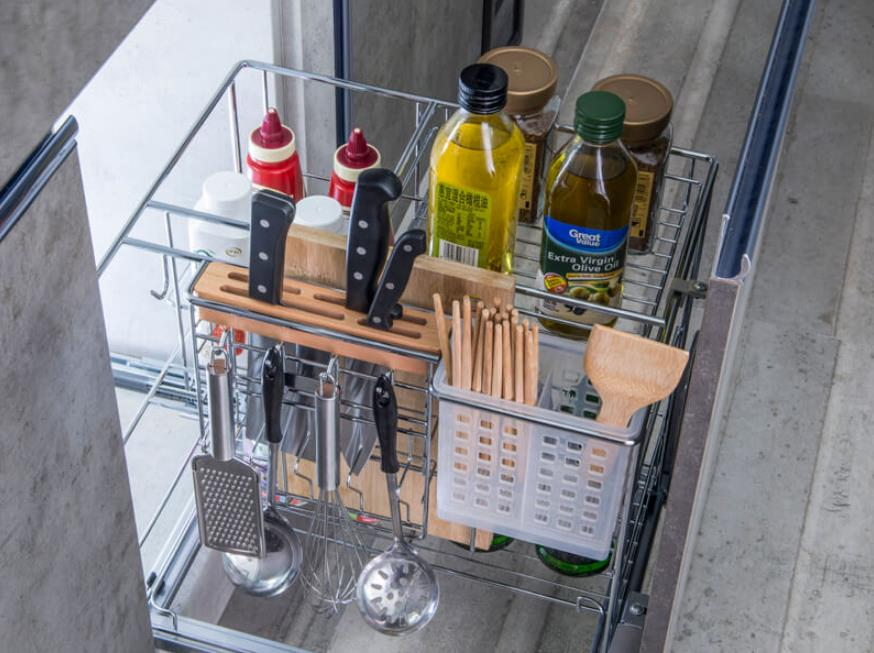 base cabinet pull out basket with knife holder and utensil bin