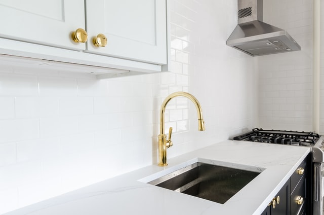 how to choose kitchen tap