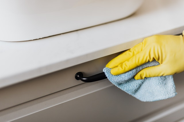 maintain kitchen cabinet